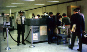 airport-security-chkpt