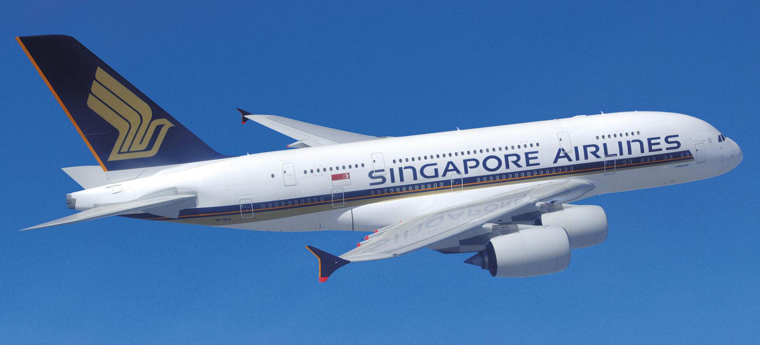 singapore_airlines_airbus_a380_w55cd